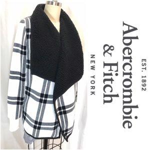 Abercrombie & Finch Sweater Jacket Fleece, S